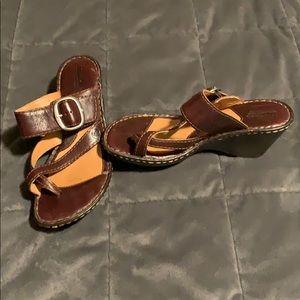 Born sandals Sz 8